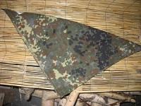 Платок на шею или голову, зеленый горошек, б/у
